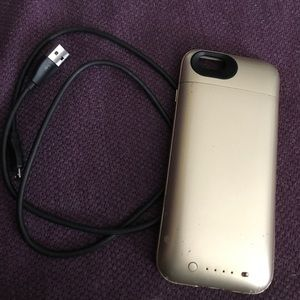 Accessories - Mophie charging phone case